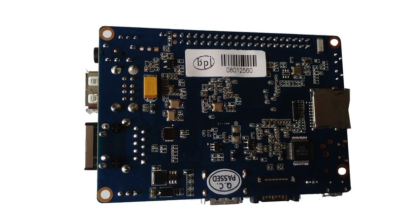 Banana Pi M3 face arrièreDéballage003