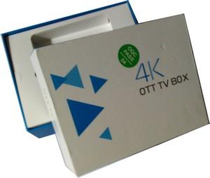 box-tv-r68-photo-dans-la-boite1